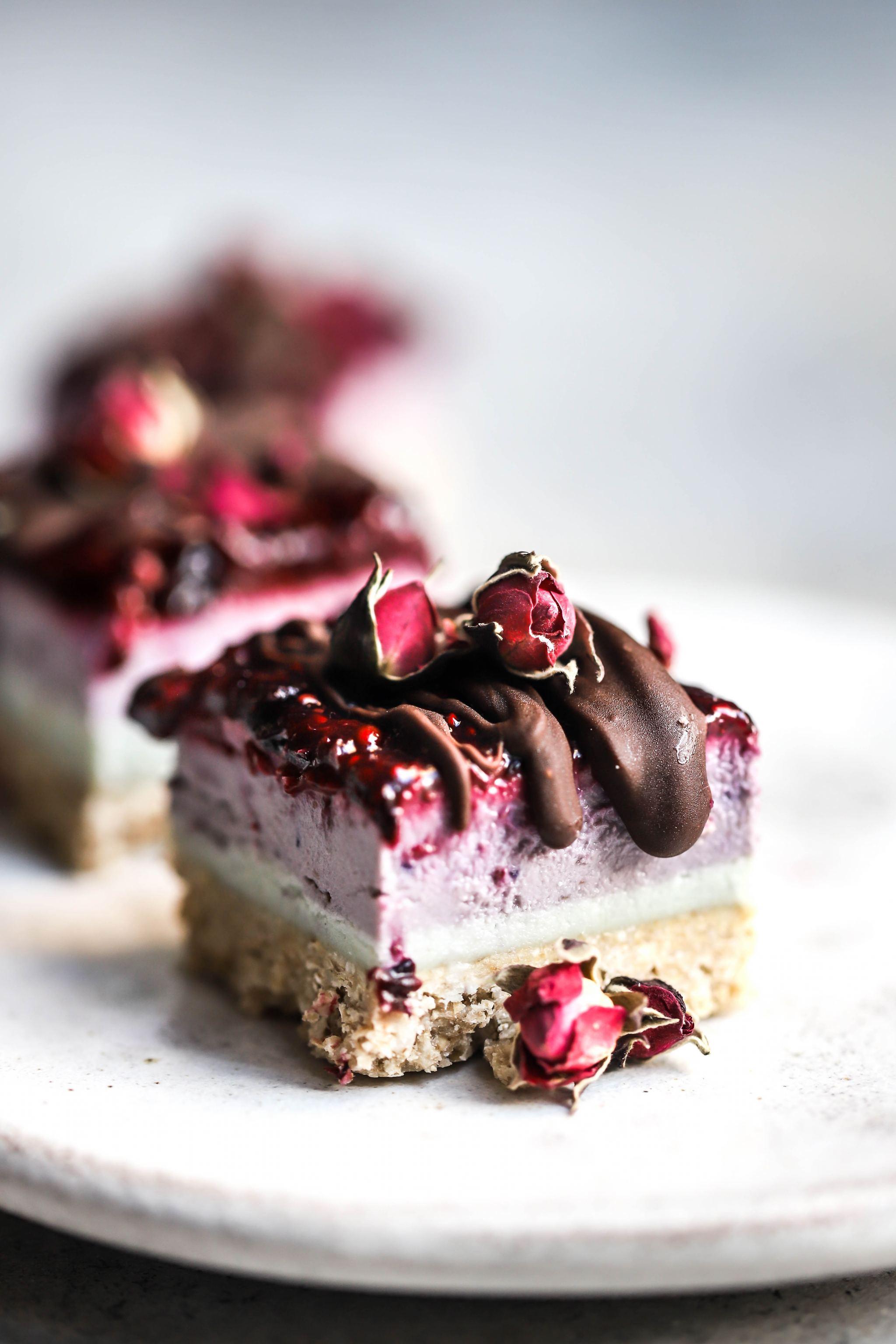 Vegan Unicorn Raw Cheesecakes